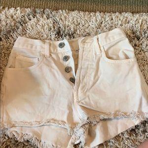 White High Waited Shorts